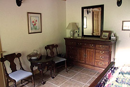 Girdwood area Bed and Breakfast - Relax in Turnagain View BnB's PAPER room