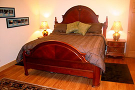 Girdwood area Bed and Breakfast - Relax in Turnagain View BnB's ROCK room